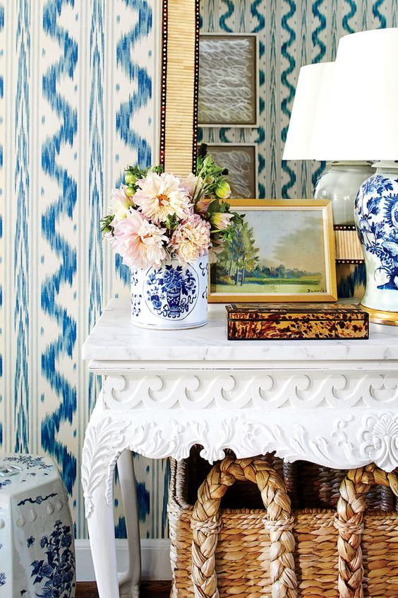 Sarah Bartholomew residence, entryway console table and bone mirror detail