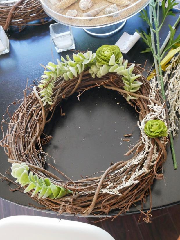 Julia's Wreath - Beginning 2