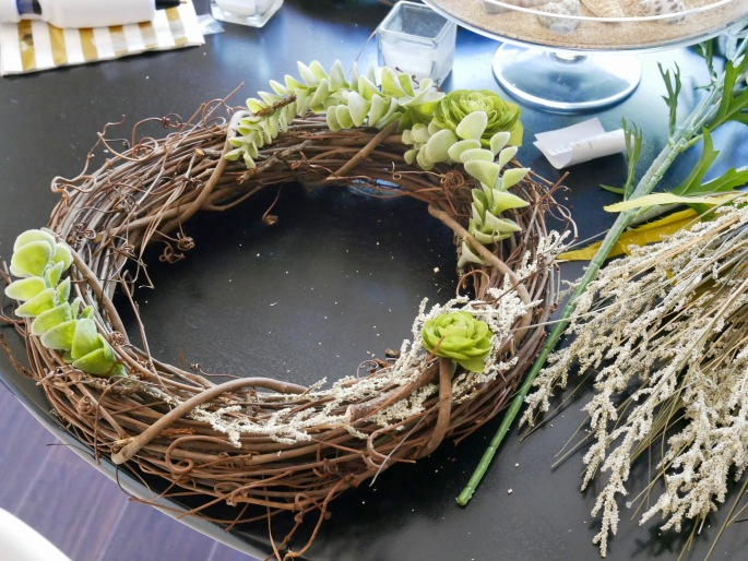 Julia's Wreath - Beginning