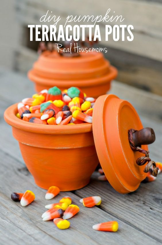 8 Festive DIY Halloween Projects {Details Blog}