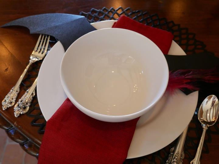 Simple & Classic Halloween Table Setting {Details Blog}