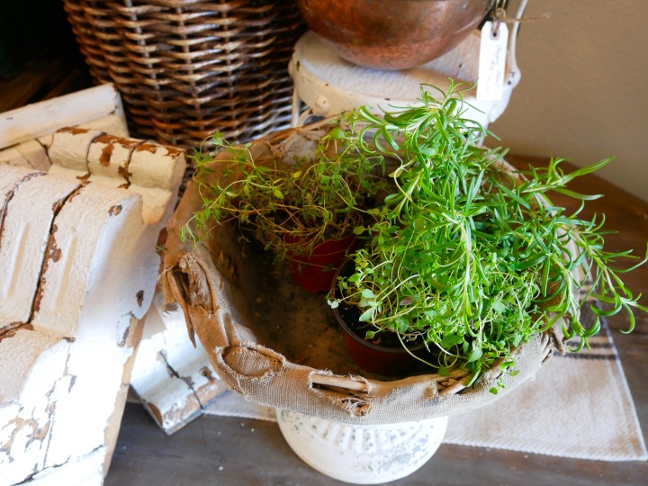 Sweet Salvage: Green Acres {Details Blog}