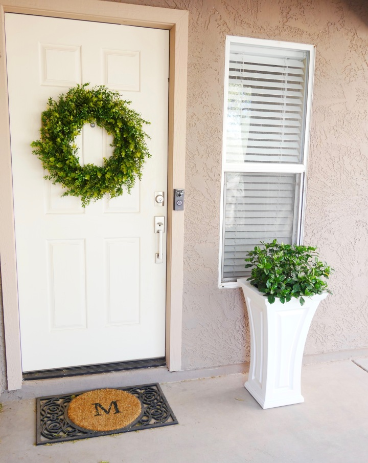Pretty Little Front Door {Details Blog}