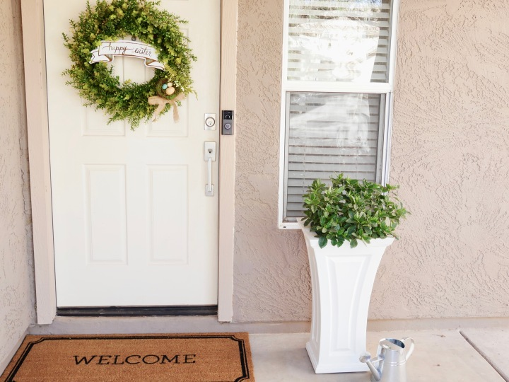 A Small Front Porch Update {Details Blog}